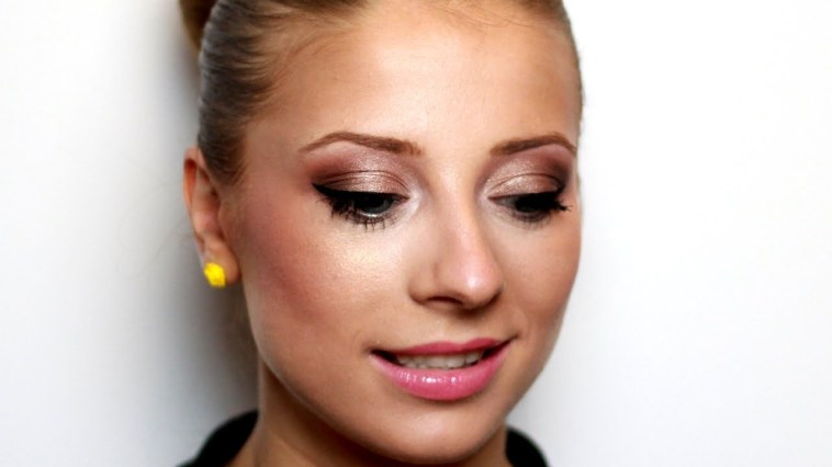 Romantic Makeup For Blue Eyes And Blonde Hair - Youtube with Makeup Tutorials For Blue Eyes And Blonde Hair