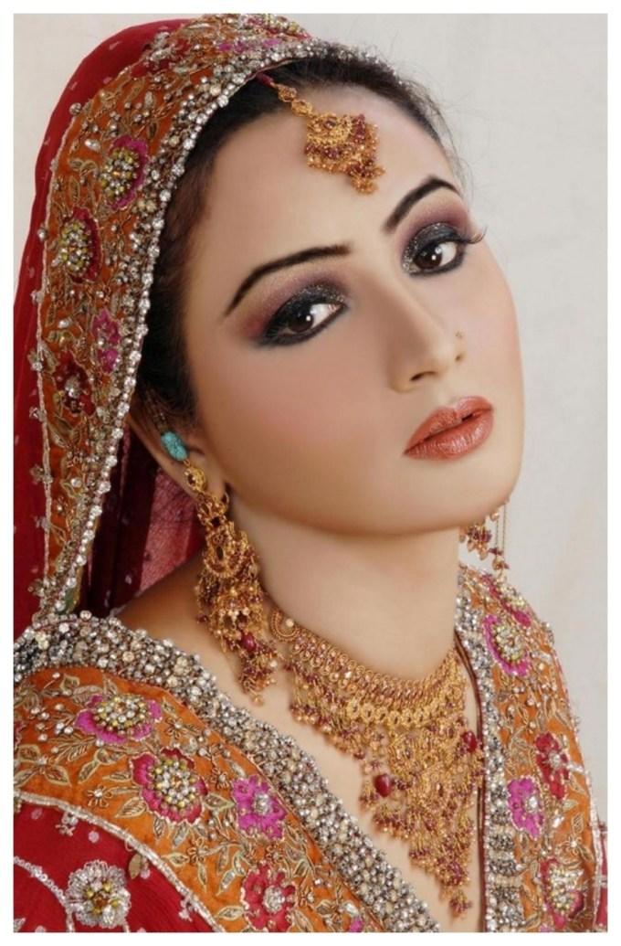 pakistani bridal makeup pictures 2013 - wavy haircut