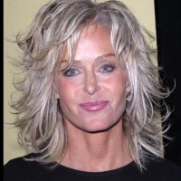 2019 Version Of Farrah Fawcett Haircut