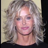 2019 Version Of Farrah Fawcett Haircut