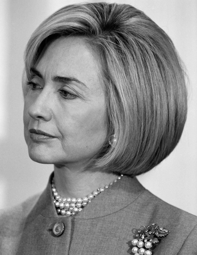 hillary clinton type hairstyles - wavy haircut