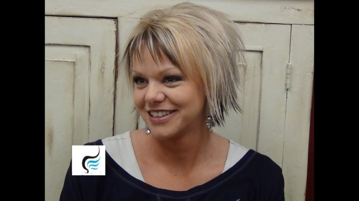 (Short Hairstyles) With Slight Flip Hair in Hair How To Style A Flipped Fringe