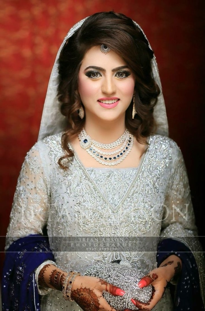 Best Pakistani Bridal Hairstyles 2019 For Wedding - Styleglow regarding Latest Asian Bridal Hairstyles