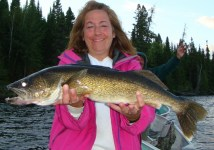 """See girls can fun and fish too - a nice 28"""" walleye"""