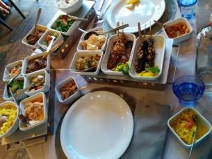 Reistafel! Wowwow.