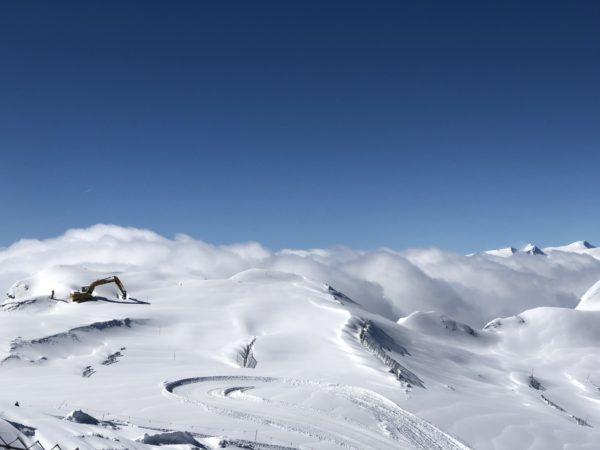 アルプス雪山