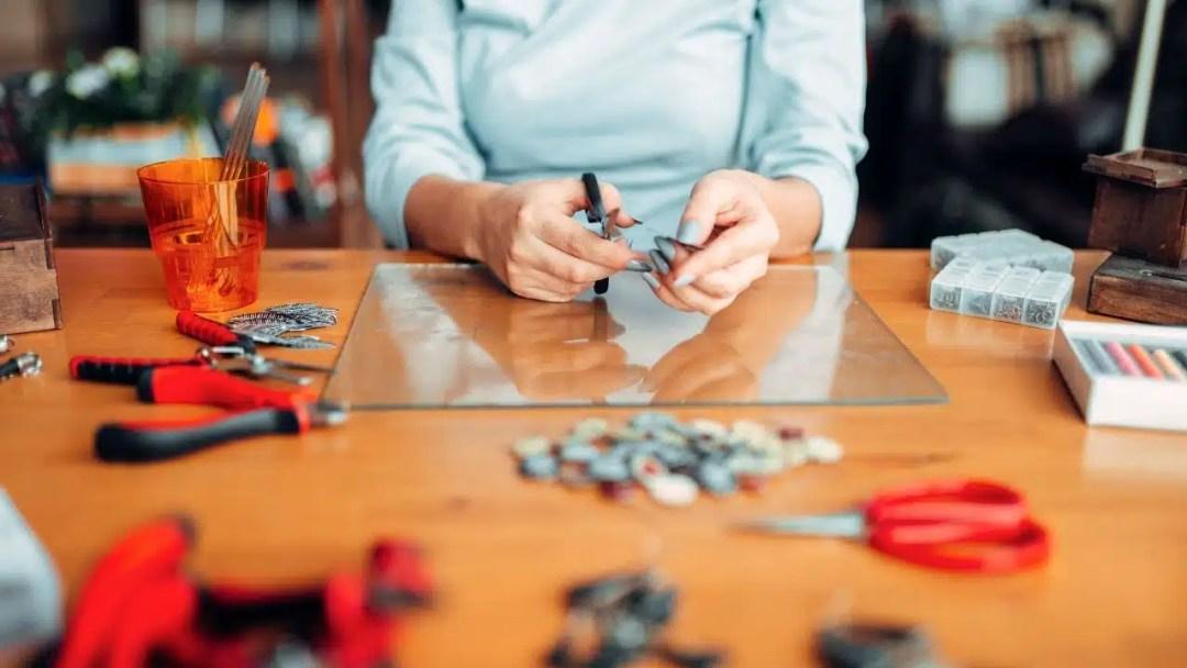 Vendre des bijoux faits à la main