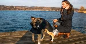 Damenmäntel und Hundemäntel aus gewachster Baumwolle