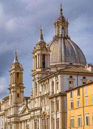 イタリア・ローマのナヴォ―ナ広場の教会