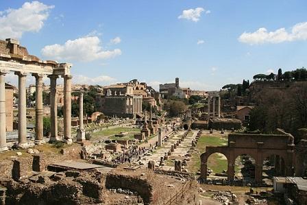 イタリアローマの遺跡フォロ・ロマーノ