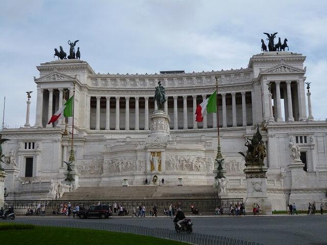 イタリア・ローマのヴィットリオ・エマヌエーレ2世記念堂