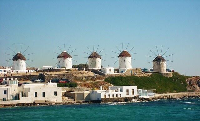ギリシャミコノス島のかとミリの風車