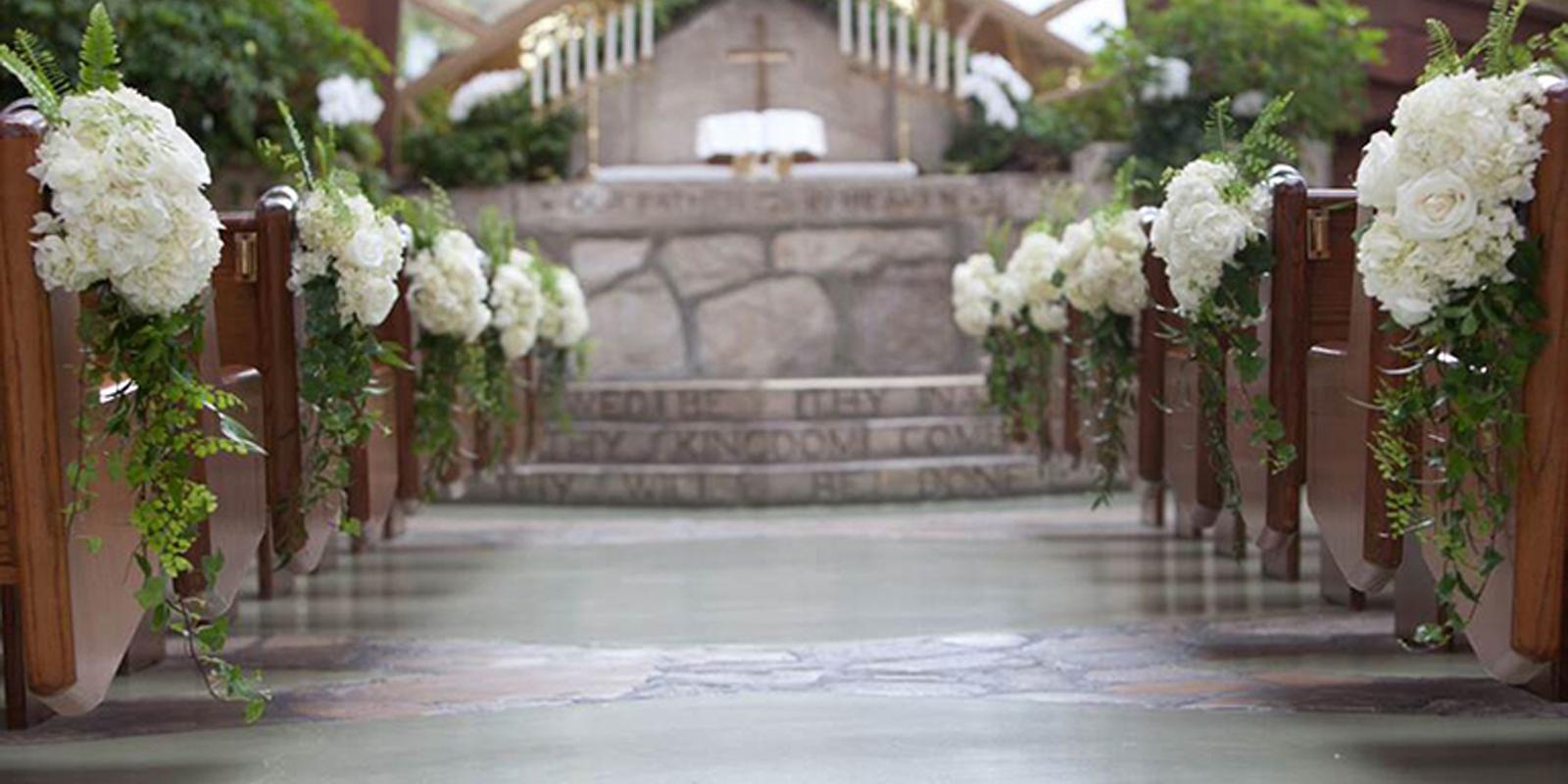 Aisle/Pew Flowers · Wayfarers Chapel