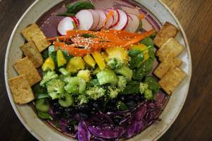 rainbow-chakra-salad