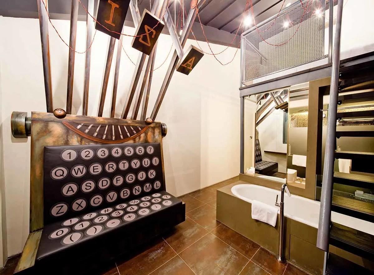 Unusual hotels in Singapore Hotel Wanderlust Typewriter Rooms