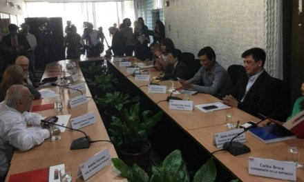 Ministerio de la Mujer instala mesa de trabajo para derechos de la comunidad LGTB