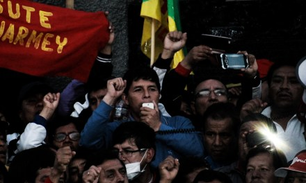 [Fotogalería] Huelga magisterial continúa con violenta represión policial