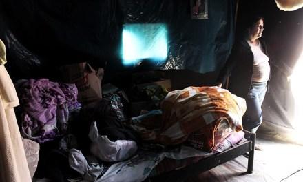 Seis meses en una carpa: La vida después del Niño Costero
