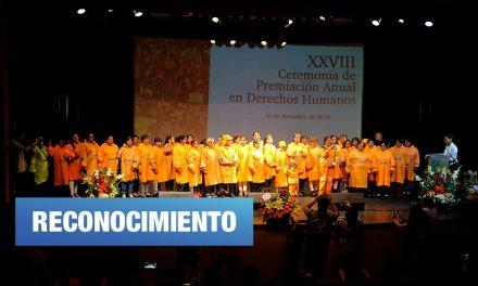 Premian a SITOBUR, activistas y periodistas por sus aportes a los DD.HH
