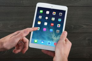 Introduction to the iPhone/iPad @ Wayland Library