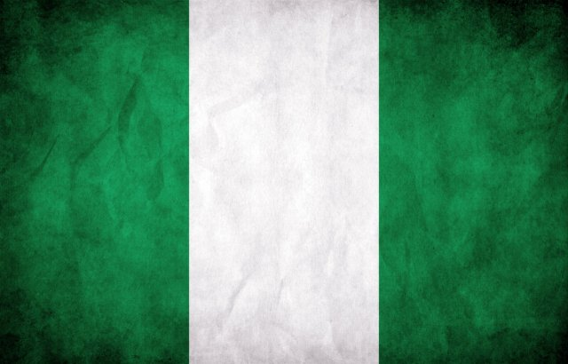 nigeria_grunge_flag_by_think02