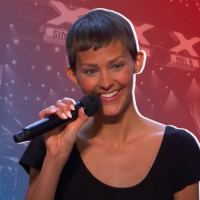 AGT Contestant Makes Simon Cowell Hit the Golden Buzzer With Her Original Song and Powerful Story