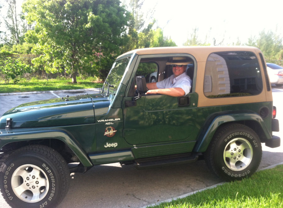 jeep-on-grand-bahama-island
