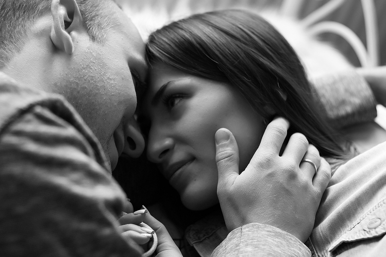 The Importance of Physical Intimacy in a Relationship picture