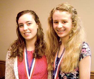 (L-R) Lauren Davis and Mary Cicchiello.