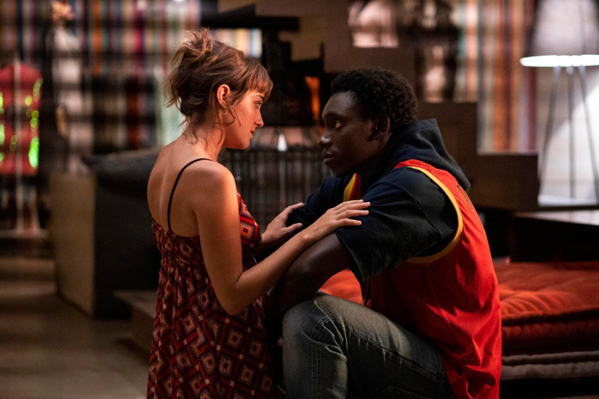 Netflix 電影《哨兵行動》影評,有著不可思議的劇情及剪輯