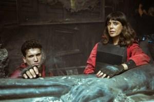 《紙房子》第 5 季第 1 輯評價與心得,我們小偷才是真正的解放者