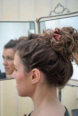 Wayome Upcycling coiffure chouchou bun gauche