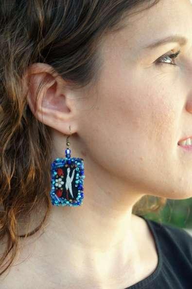 Wayome Upcycling des boucles d'oreilles fabriquées avec des rubans zoom bleu