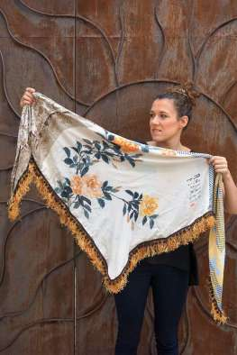 Wayome Upcycling foulard paille soleil entier cote pile gauche