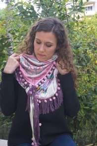 Wayome Upcycling foulard rose et violet vert regard bas