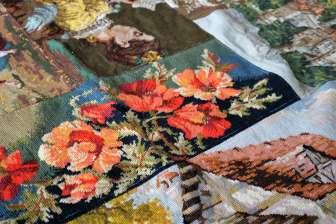 Wayome Upcycling tapis réalisé avec des canevas zoom perspective