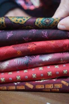 Wayome Upcycling des cravates et encore des cravates rouge