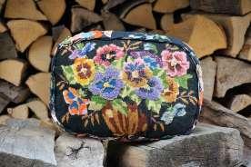 Wayome Upcycling flashback photos de 2016 un coussin en canevas fleuri sur bois