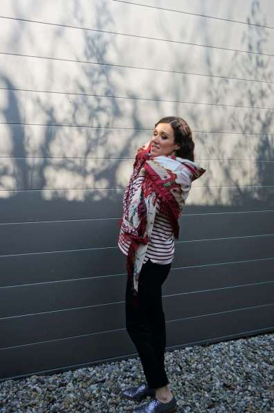 Wayome upcycling Un foulard en soie plein de rayures gauche