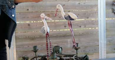 Wayome upcycling des cigognes qui se balancent image une
