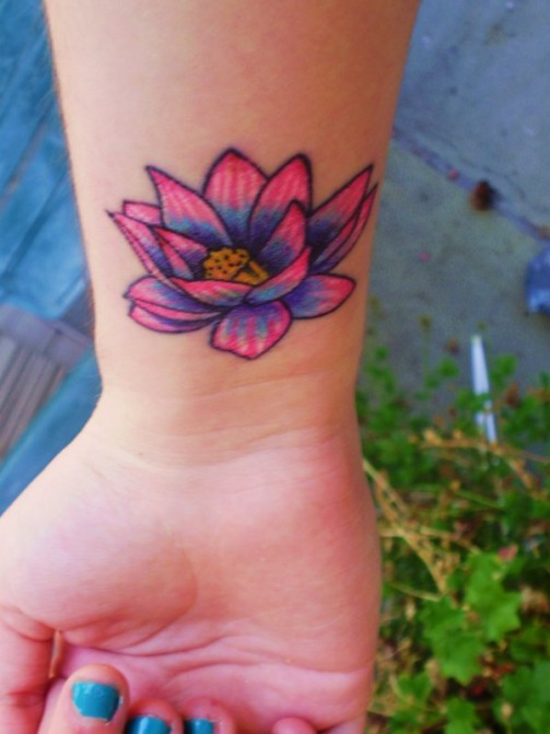 Lotus-Flower-Tattoos 6