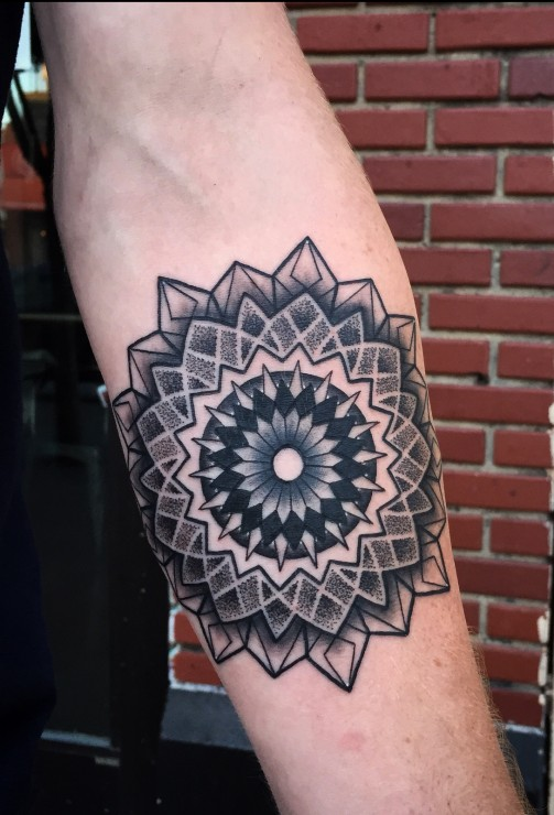 Mandala Tattoo14
