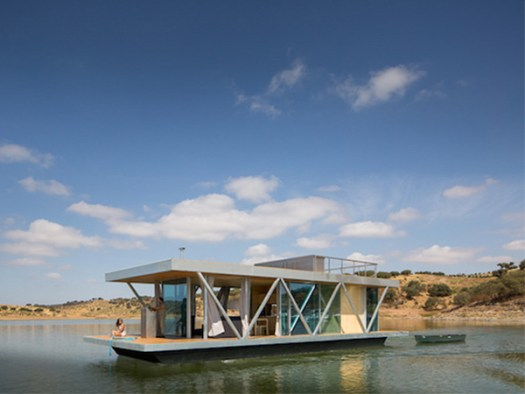 Solar-powered-floating-house 1