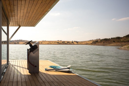 Solar-powered-floating-house 10
