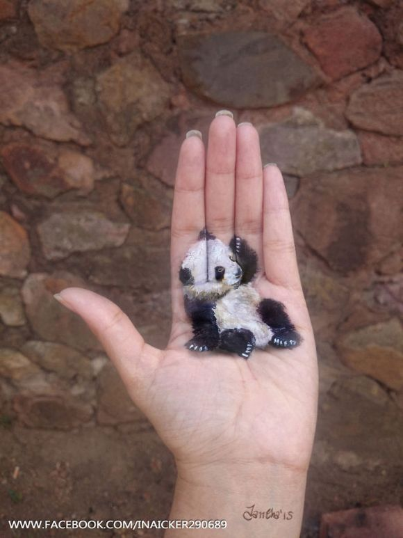 i-paint-3d-animals-on-my-palms-5