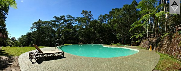 wm-pool-panoramic