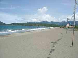andemi-beach-resort-beach1