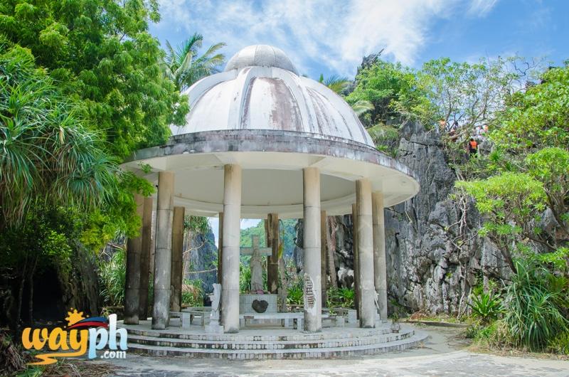 El-Nido-matinloc-shrine-9773