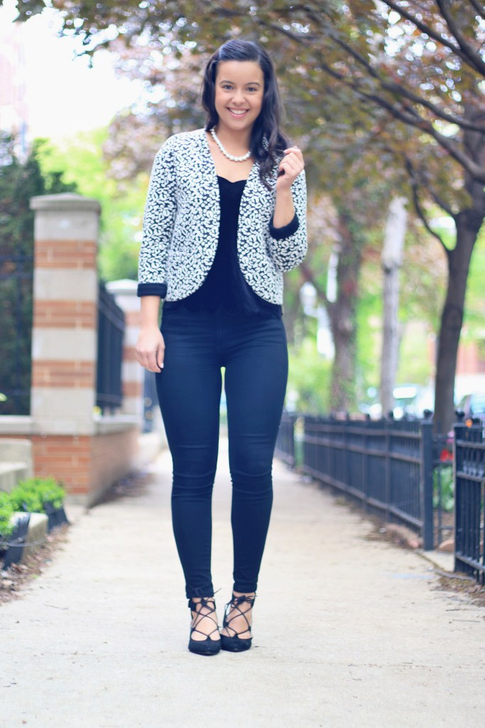 My version of monochromatic outfits with an head to toe black and white look