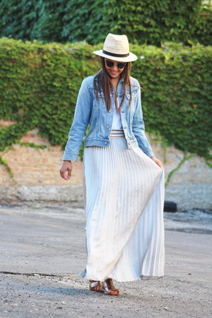 Maxi skirt outfit for Summer